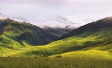 Wbrew stereotypom Kazachstan to nie tylko stepy, ale także góry Tien-szan, lasy i półpustynie